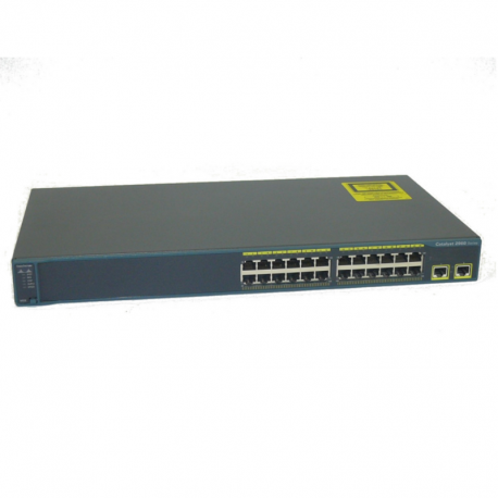 Switch Catalyst 2960, com 24 portas 10/100 e 2 portas 10/100/1000 de uplink